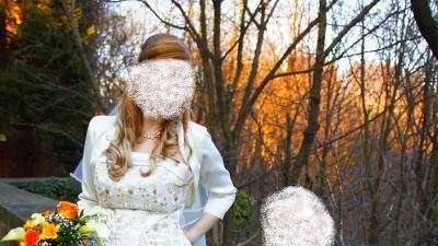 sprzedam tanio suknię ślubną koloru ecru