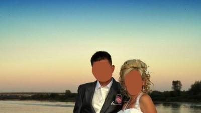 sprzedam tanio suknię ślubną wrzesień 2011