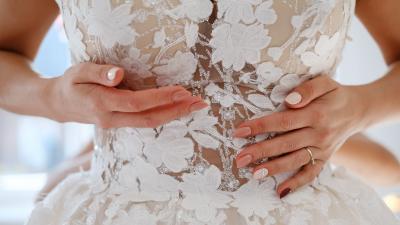 Sprzedam unikatową suknię ślubną