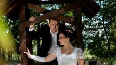 Sprzedam używaną suknię ślubną KRISTI