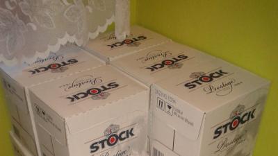 Sprzedam wódkę Stock 0,5l 9 katronów po 12szt