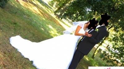 Sprzedam wspaniałą suknię ślubną