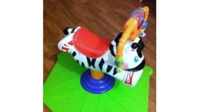Sprzedam zabawke Zebre Skoczka z fisher price