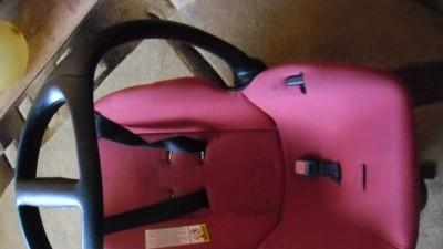 Srzedam fotelik-nosidelko do samochodu 0-13kg