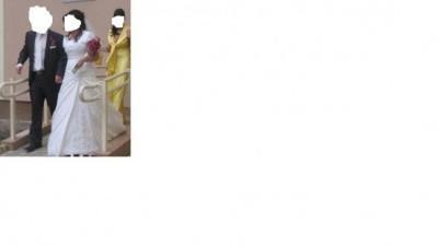 subtelna elegancka suknia ślubna