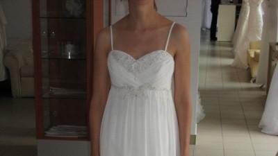 Subtelna suknia firmy ROMANTICA of Devon