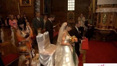Suknia dla romantycznej Panny Młodej