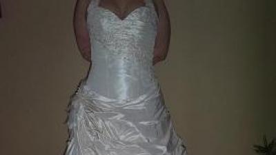 Suknia firmy Agnes 2008