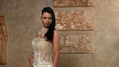 Suknia firmy Emmi Mariage kolekcja 2008 ecru 36