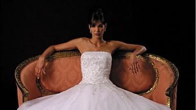 Suknia Justin Alexander z kryształkami Swarovskiego
