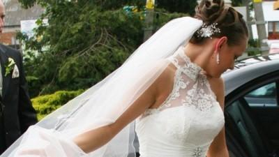suknia koronkowa kolekcji Justin Alexander nr 8413 roz. 38 kolor iviory