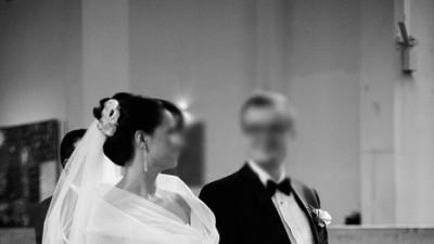 Suknia Maggio Ramatti - Delikatna biała koronka, styl romantyczny
