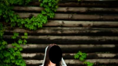 Suknia Pronuptia Paris z przepięknym trenem rozm. 38