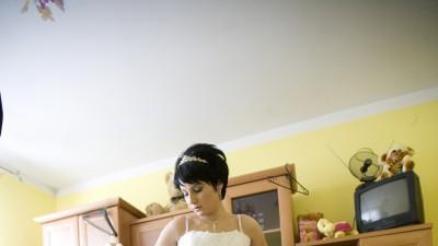 Suknia śluba, rękawiczki, diadem