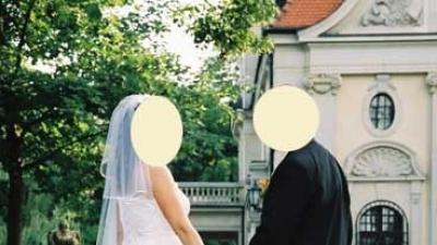 suknia ślubana z koronki angielskiej rozm. 40/42