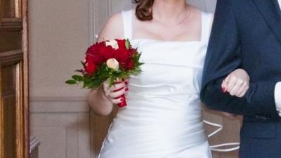 Suknia ślubna 36-38 kolor ecru na wys. 160 cm