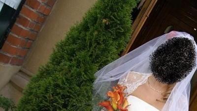 suknia ślubna 36/38 śmietankowa, jednoczęściowa, koronka