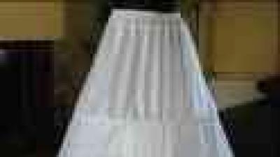 Suknia ślubna 38/170 z dodatkami, halka , rękawiczki ,stroik na szyję,futerko