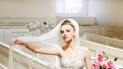 suknia ślubna Annais Bridal model Carrera biała 36