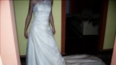 Suknia Slubna Benjamin Roberts model 814