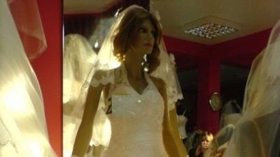 Suknia ślubna, biała, bardzo ładna, rozm. 38-40