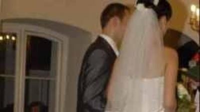 Suknia ślubna biała Cosmobella model 7152
