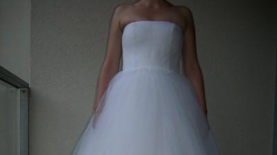 suknia slubna biala tiulowa princessa