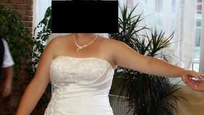 Suknia ślubna Cosmobella 7289 Lisa Ferrera