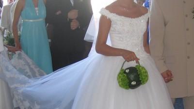 Suknia ślubna DEMETRIOS kod 9597, w kolorze białym,tren, halka