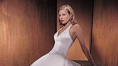 Suknia ślubna Demetrios model 889