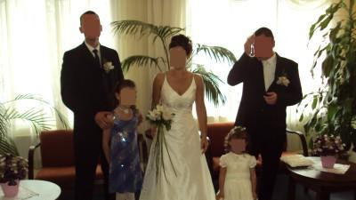 Suknia Ślubna Elizabeth, gratis poduszka na obrączki