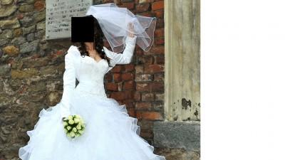 "Suknia ślubna ""EVITA"" +GRATISY"