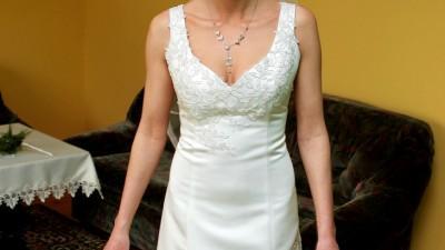 suknia ślubna; fason rybka/ syrena; rozm. 36