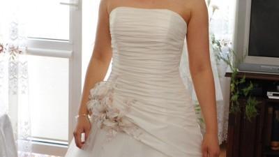 Suknia ślubna firmy Agnes-model 10168 - piękna, wygodna, lekka!!