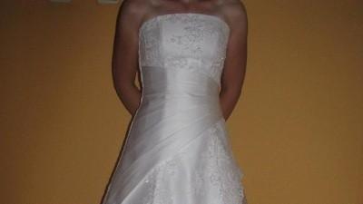 Suknia ślubna firmy Duber biała