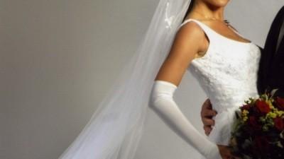 Suknia ślubna HERM - KEDRO zakupiona w salonie ELIZABETH