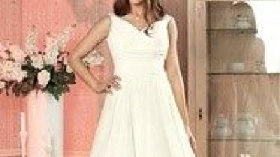 Suknia Ślubna HONOI z kolekcji HYPNOTIC 2015 Welon plus Bolerko