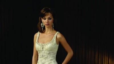 Suknia Ślubna Justin Alexander - kryształki Swarovskiego, perły, złote nici