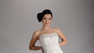 Suknia ślubna - kolekcja 2013 Rio Revelance