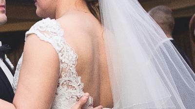suknia ślubna - koronkowa