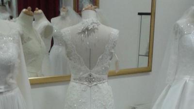 Suknia Ślubna koronkowa, litera A
