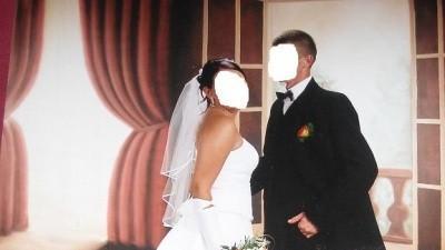 Suknia ślubna koronkowa zdobiona kryształkami!!!!!!!