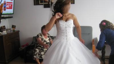 Suknia ślubna księżniczka firmy Madeline Gardner