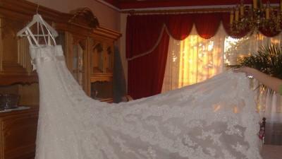 Suknia ślubna La Sposa Finesa cała z koronki