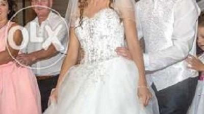suknia ślubna lisa ferrera/DEMETRIOS