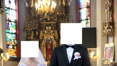 Suknia ślubna - literka A