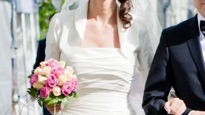 Suknia ślubna Madonna, White One 423, naturalny jedwab