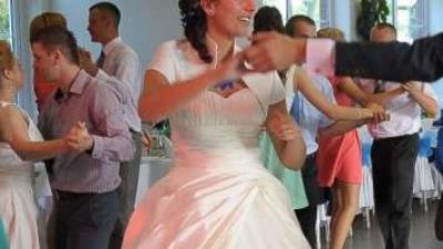 suknia ślubna na wysoką 177