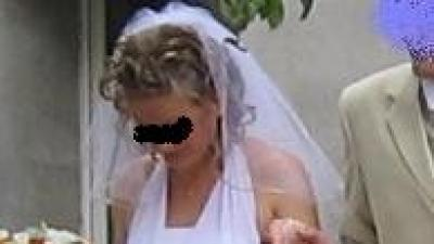 Suknia ślubna nie tylko dla wysokiej r.42