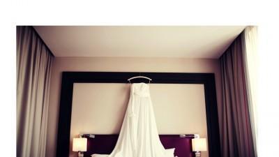 Suknia ślubna od projektanta - Atelier Małgorzata Dudek/Biancaneve r. 36, W-wa